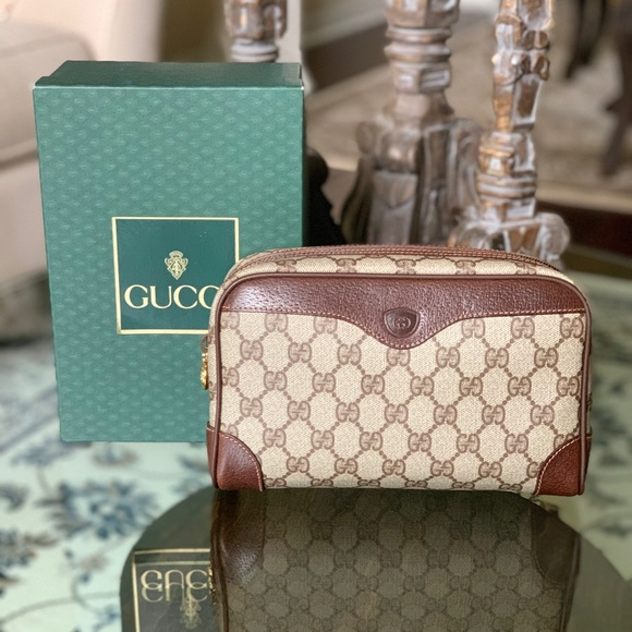 Gucci Handbags - Authentic Vintage Gucci Clutch with box